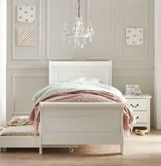 Oxford White Bed